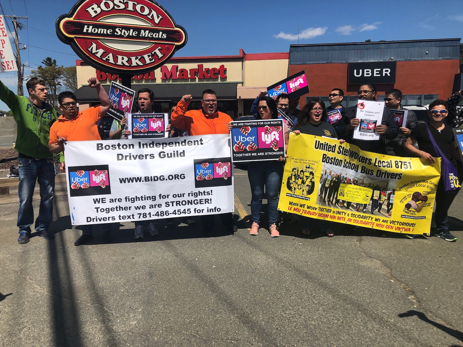 """Photo of """"I'm an Uber driver and I'm not scared;"""" Rideshare workers call international one day strike"""