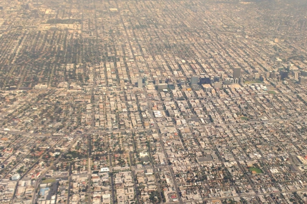 Los-Angeles-Koreatown-Aerial-view-from-south-August-2014-spanish