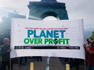 Día de la Tierra en Nuevo México, donde se unen el ecologismo y el antimilitarismo. Foto de Liberación.