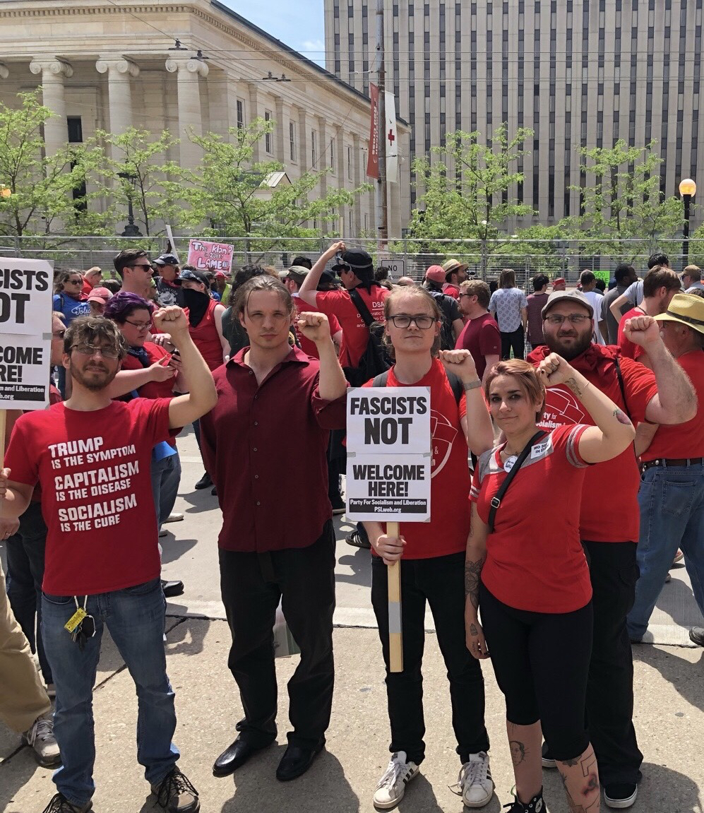 Photo of Dayton: KKK rally vastly outnumbered by anti-racist protest