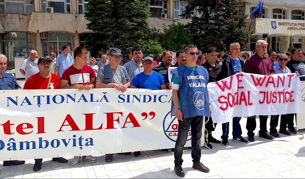 Photo of 'The workers have chosen to fight': Romanians strike for living wage