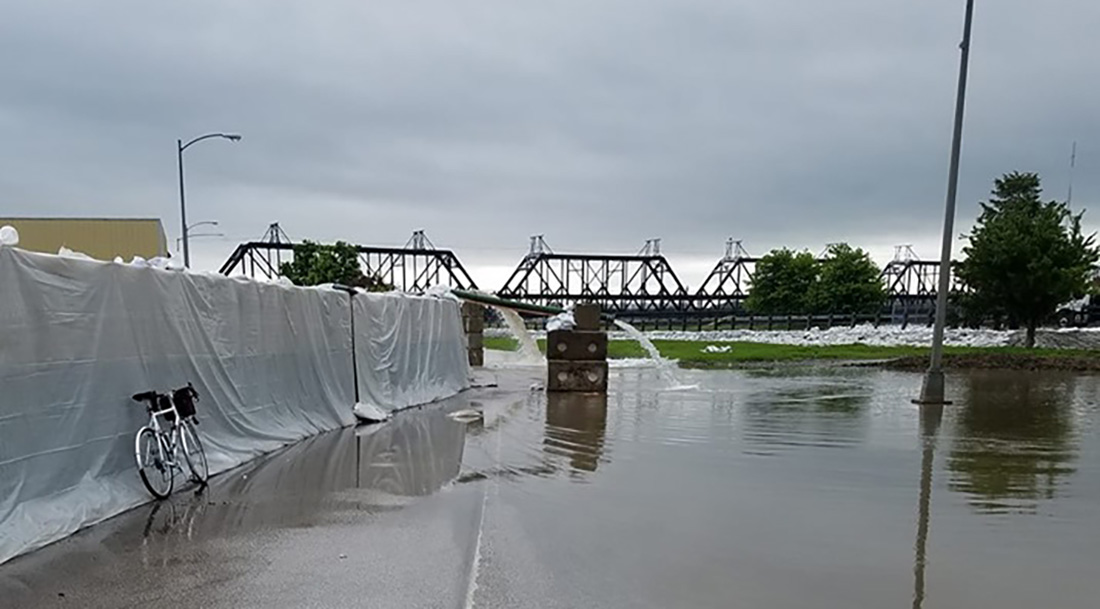 Photo of Midwest floods: eyewitness Davenport, Iowa