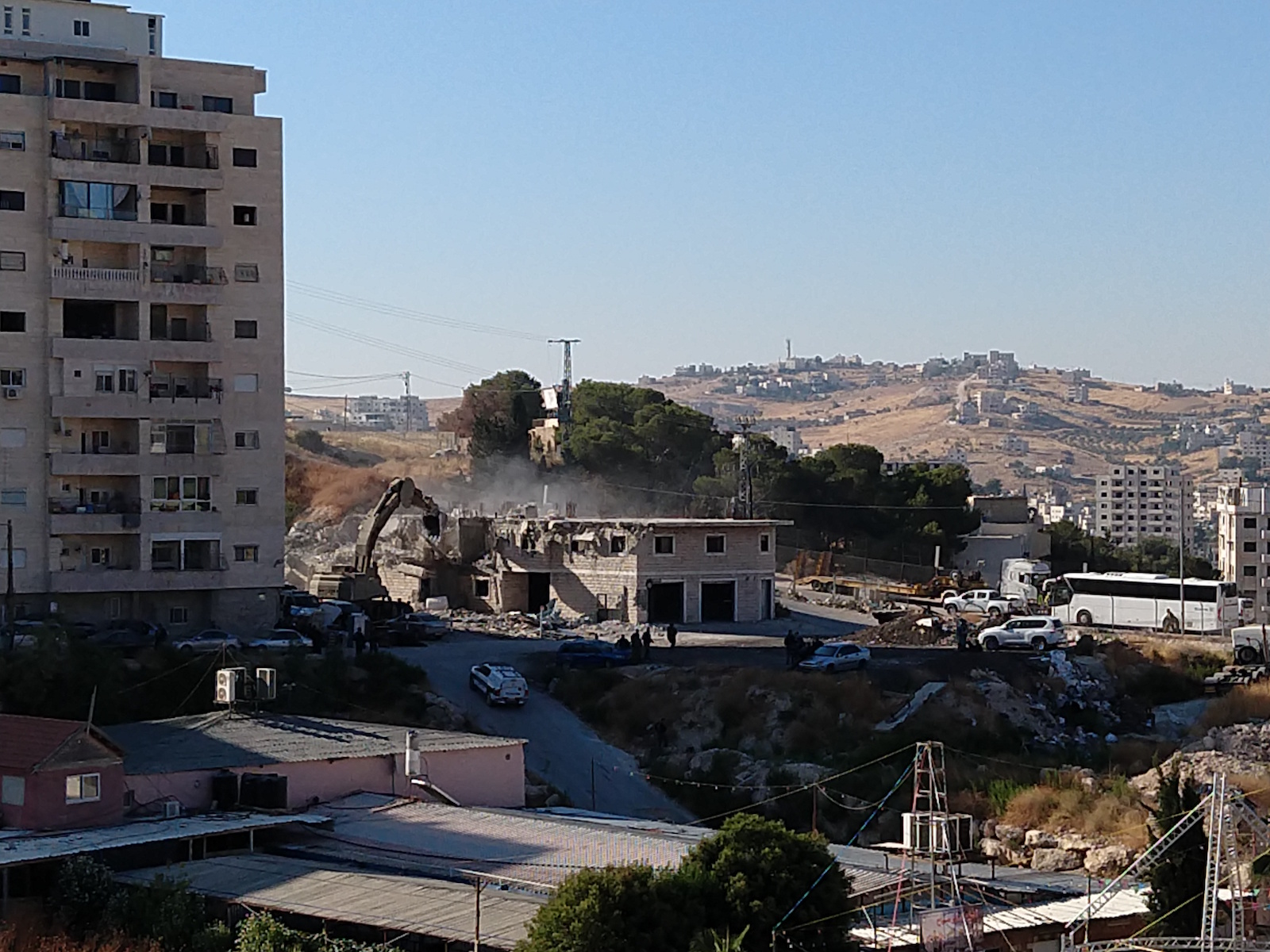 Photo of Eyewitness: Israel illegally demolishes homes in Wadi al-Hummus