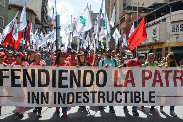 Contingente del Instituto Nacional de Nutrición venezolano, en una marcha en Caracas, el 27 de julio, 2019 | Foto: Gloria La Riva/Noticias de Liberación