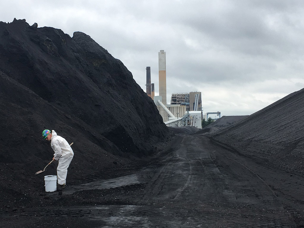 Photo of No Coal, No Gas: Climate activists remove coal from Merrimack generating station
