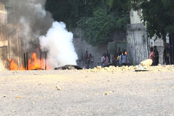 Burning tire barricades and demonstrations arose in Port-au-Prince on Sep. 2 to protest fuel shortages.