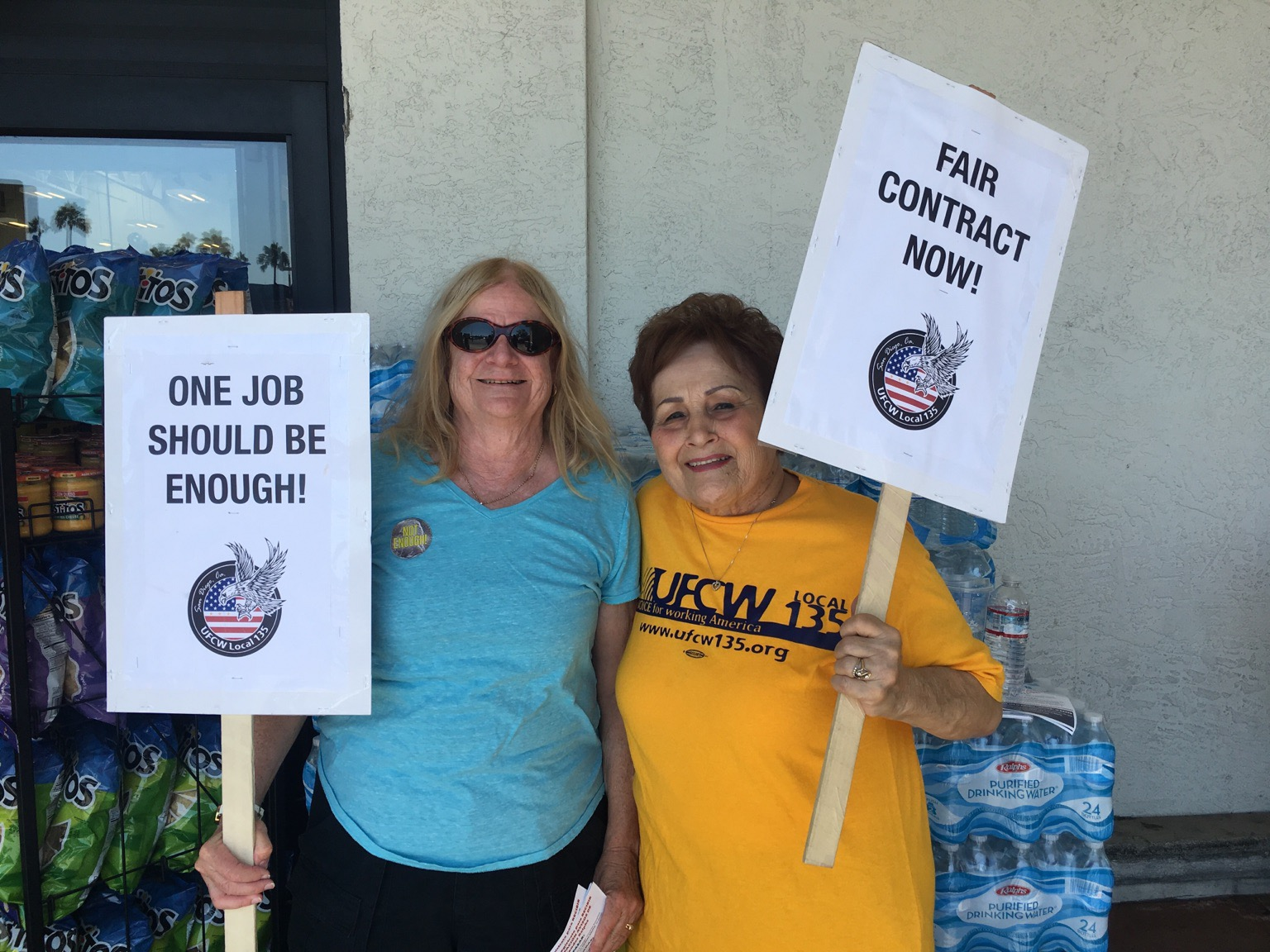 San Diego grocery workers demonstrate union power