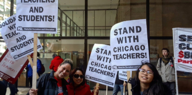 Chicago school teachers, staff, and community members rally on October 14 as union negotiations continued. Photo by Liberation News.