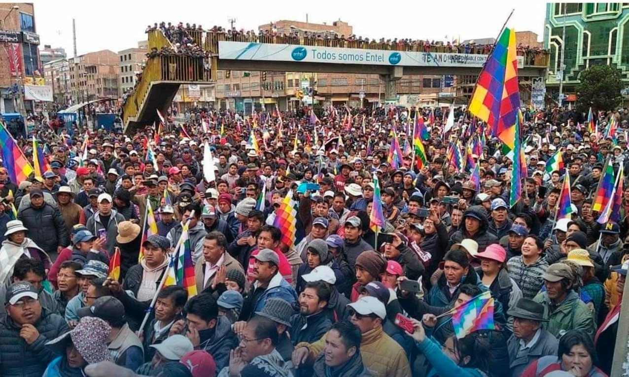 Bolivia fights, sheds blood to resist the coup