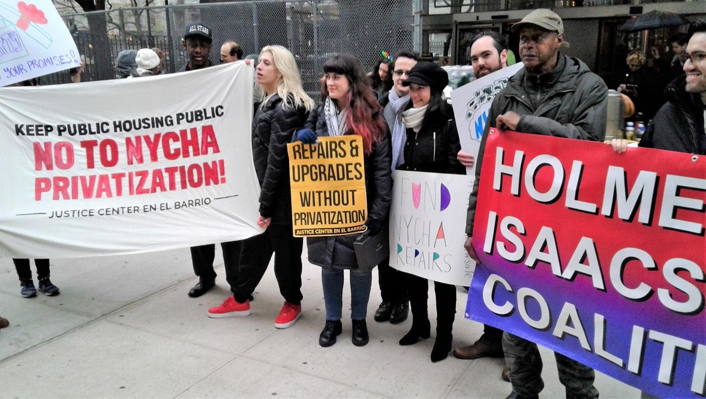 Photo of Public housing residents sue NYC over slum conditions