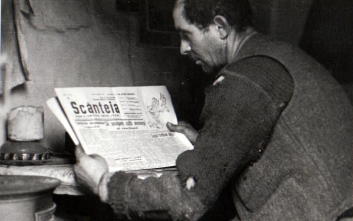 3. Worker reads Scanteia 133:1944