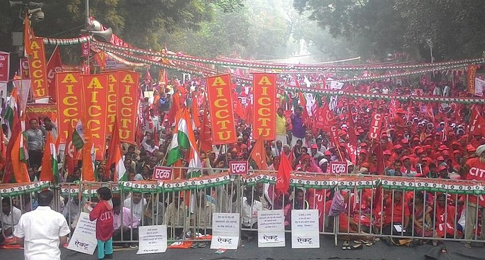 Unions mobilize for an earlier demonstration Photo: Vksgautam, Wikimedia Commons