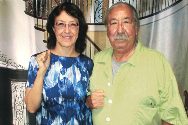 Gloria La Riva y Leonard Peltier