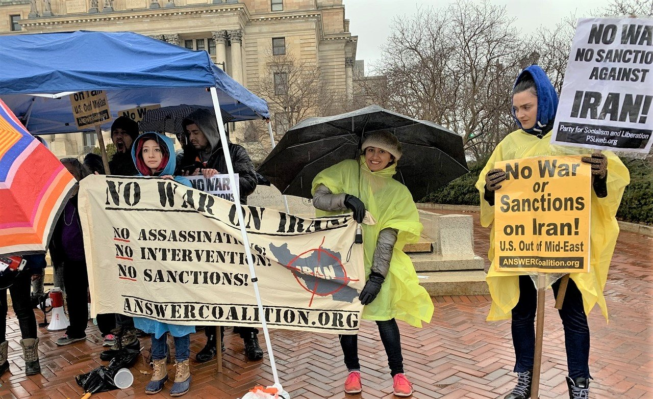 """Photo of Las acciones de Nueva York y Nueva Jersey desafían el frío y la lluvia para decir: '¡No a la guerra contra Irán! ¡Estados Unidos fuera del Medio Oriente!"""""""