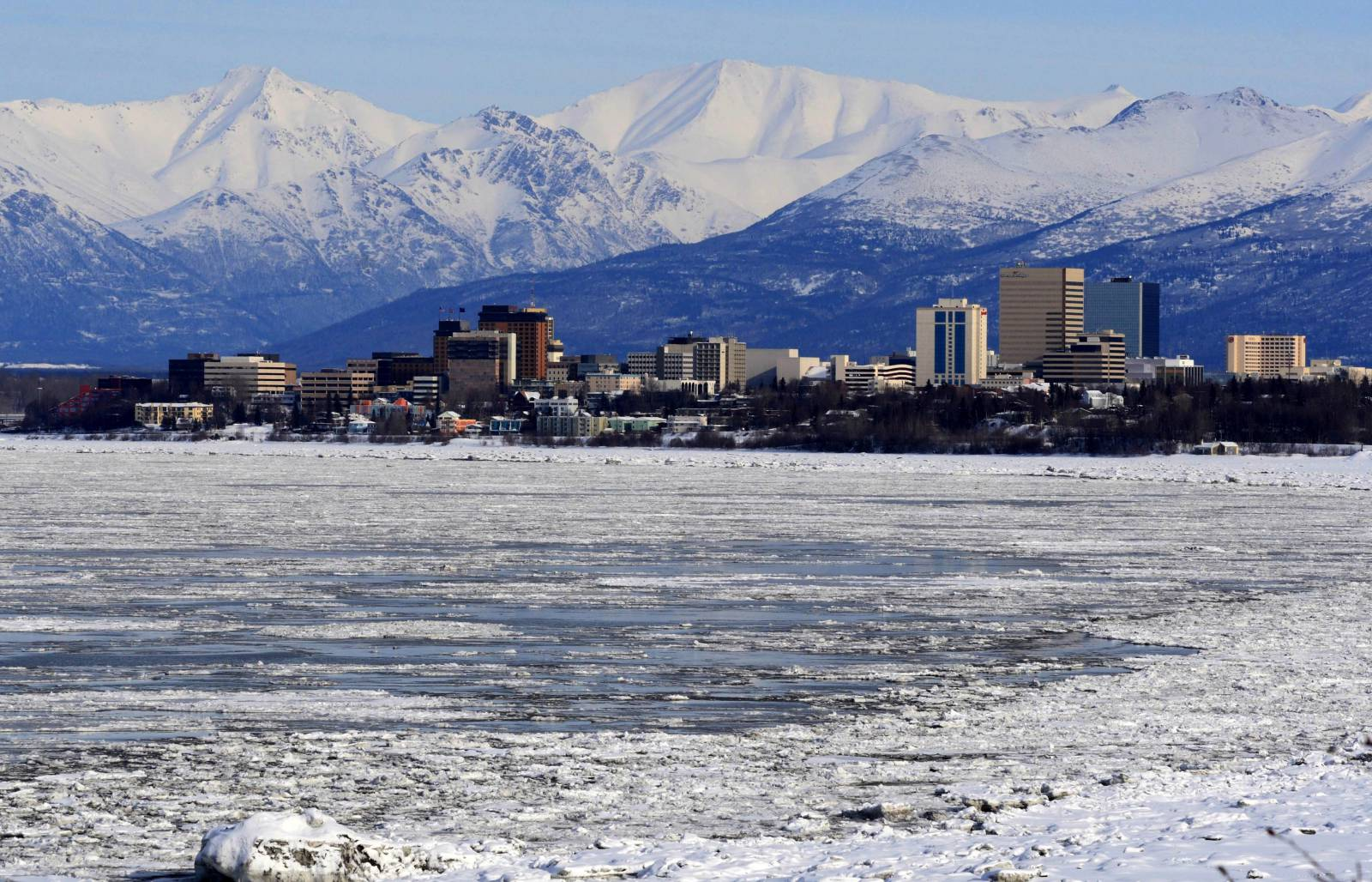 Campaign for eviction ban, rent cancellation, debt forgiveness gathers strength in Alaska