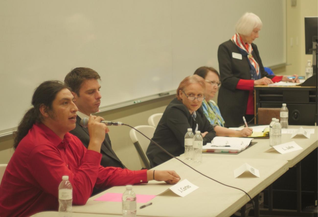 El candidato socialista José Cortés domina el debate por el 50º distrito congresional de California