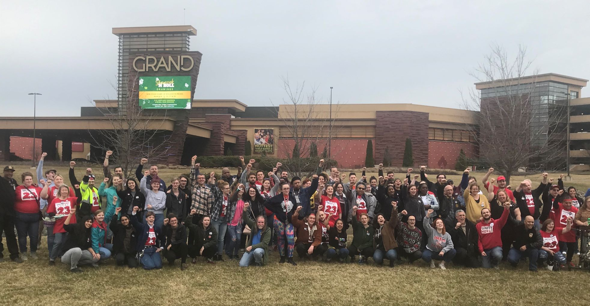 Casino workers at Indiana Grand stand union strong