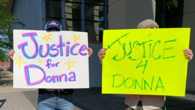 Photo of Family, community demand justice for woman killed by officer in Ohio