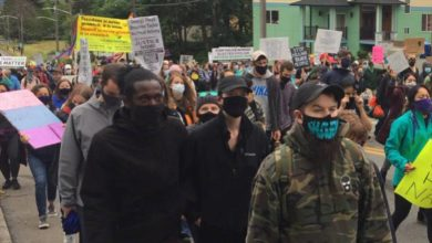 Photo of In Seattle, people not intimidated, keep marching