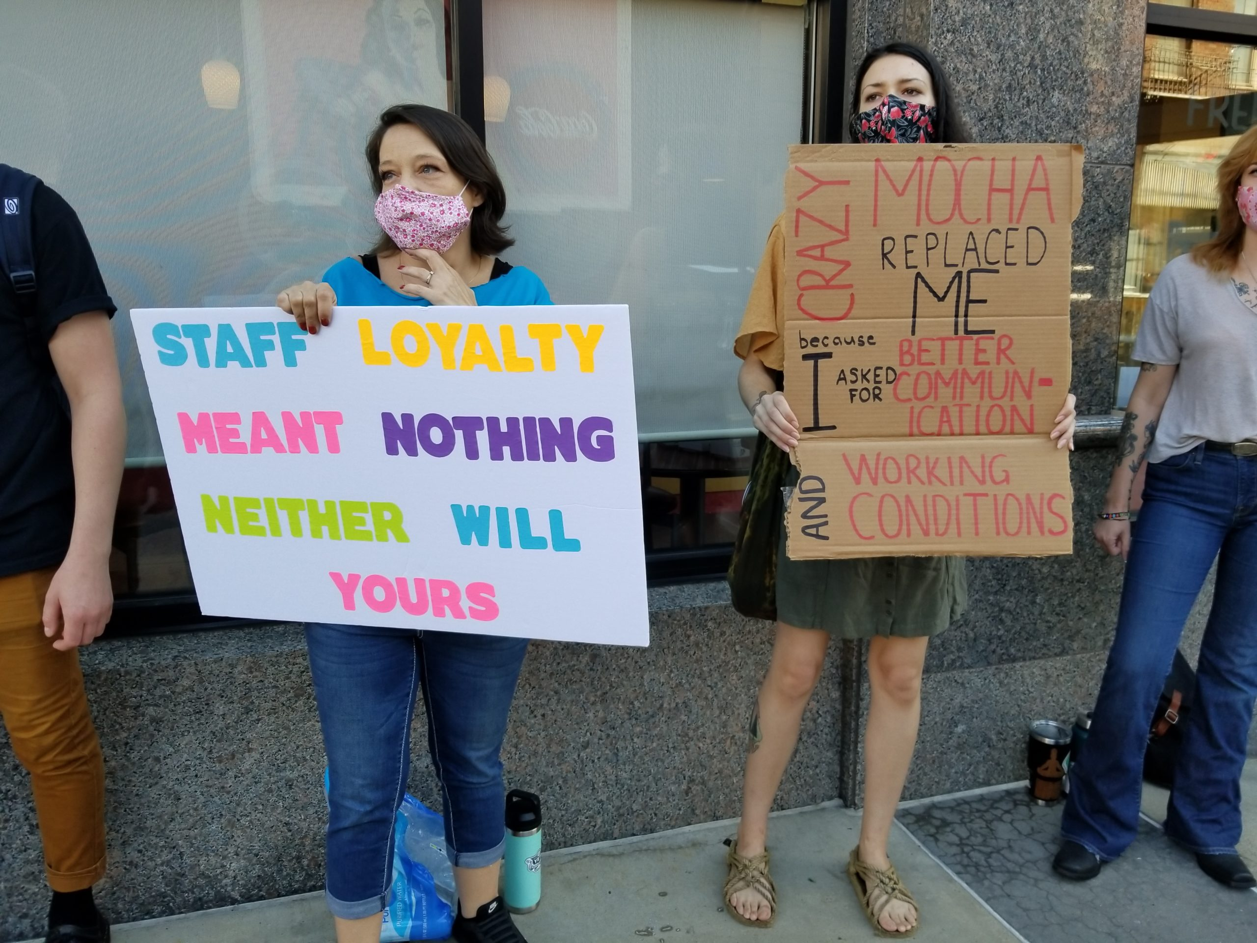 Photo of Pittsburgh: Demonstration in solidarity with laid-off Crazy Mocha coffee shop workers
