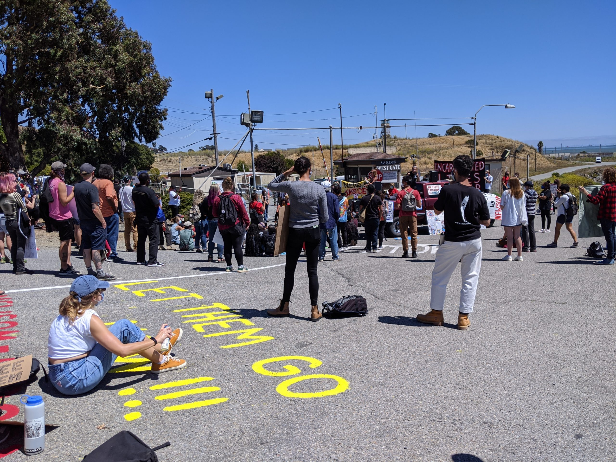 Photo of Hundreds march on San Quentin