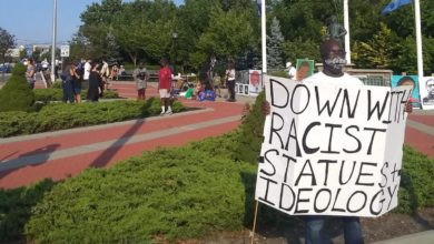 Photo of Long Island protest hits racist statue & system