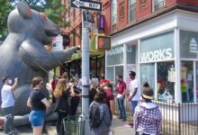Photo of Workers call boycott of union-busting thrift store in Brooklyn