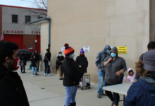 Photo of Chicago: Neighbors help neighbors survive with food distribution