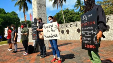 Photo of Miami-Dade activists demand justice for Stephanie Voikin killed by police in eviction