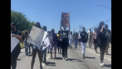 Photo of Lynch-like killing by police in Elizabeth City, NC provokes protest