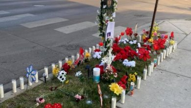 The memorial to Anthony Alvarez who was killed by Chicago police officer Evan Solano March 31. Liberation photo