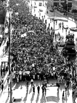 Thousands of people took to the streets of Milwaukee following the police killing of Ernest Lacy in 1981. Photo credit: Milwaukee Historical Society